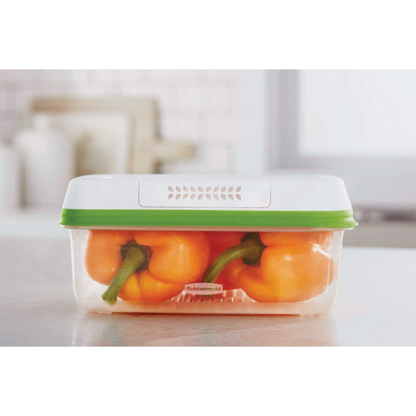 Rubbermaid Freshworks Produce Saver 11.3 C. Rectangle Produce Container Image 2